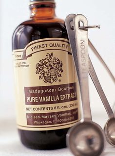 "Ina Garten said ""Nielsen-Massey is my favorite pure vanilla extract"".   Also Bon Appetit gave the Madagascar it's Seal of Approval. http://www.bonappetit.com/test-kitchen/seal-of-approval"