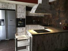Kitchen Furniture, Kitchen Island, Home Decor, Homemade Home Decor, Kitchen Units, Interior Design, Home Interiors, Decoration Home, Island Kitchen