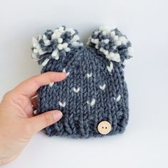 Double pompom hat, with fair isle pattern! Choose the colors you want. Baby sweetness overload ☺️