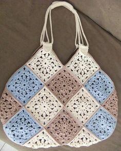 Knitting Patterns Handbag, Bolso by Miraquehay on Etsy Crochet Purse Patterns, Handbag Patterns, Crochet Shoes, Crochet Stitches, Knitting Patterns, Knit Crochet, Knitting Tutorials, Crochet Granny, Loom Knitting