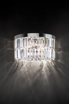 Classic wall lamp in half-cylinder, transparent crystal pendants in rhombus Murano Glass, Classic Lighting, Wall Lights, Ceiling Lights, Perfect Marriage, Applique, Transparent, Crystal Pendant, Wall Sconces