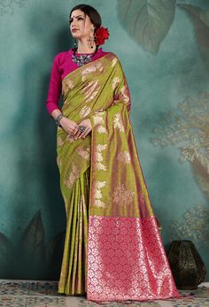 #green #salwar #kameez dupatta mostly liked by #fair #girls or #womens, #Pakistani #loves to wear green suits, #Nikvik.com is the best seller of green #suits and pakistani #dresses Kanjivaram Sarees, Art Silk Sarees, Silk Sarees Online, Green Saree, Casual Saree, Embroidered Clothes, Traditional Sarees, Sherwani, Indian Ethnic Wear