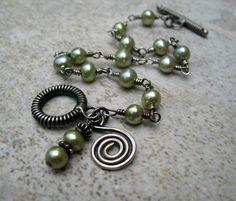 Green Pearl Bracelet Sterling Silver Jewelry Sage by ZorroPlateado