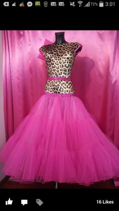 Leopard and pink. Not everyone can wear it but I'd love it on the right person