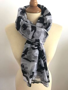 48305b6ad87a FOULARD ECHARPE CHECHE CAMO CAMOUFLAGE ARMEE MILITAIRE GRIS
