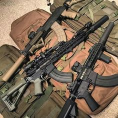 Police Tactical Gear, Ak 47 Tactical, Survival In The Woods, Survival Weapons, Cool Guns, Self Defense, Rifles, Arsenal, Firearms