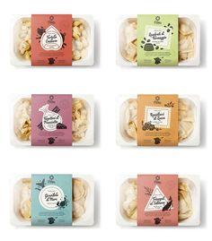 Food packaging per la pasta a tavola con stile! Cake Packaging, Food Packaging Design, Packaging Design Inspiration, Rice Box, Sandwiches For Lunch, Label Design, Graphic Design, Creative Food, Food Design