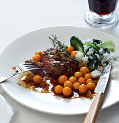 Pan-fried ostrich steaks with ginger and gooseberries Steak Recipes, Cooking Recipes, Healthy Recipes, Healthy Food, Yummy Food, Steaks, Ostrich Meat, Gooseberry Recipes, South African Dishes
