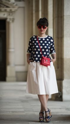 A dotted world: white midi skirt, polka dots top, dotted wedges