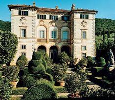Lord Lambton & Caire Ward, Tuscany - Villa love it all Italian Home, Italian Garden, Italian Villa, Italian Mansion, Beautiful Buildings, Beautiful Homes, Beautiful Places, Siena Toscana, Tuscany Italy