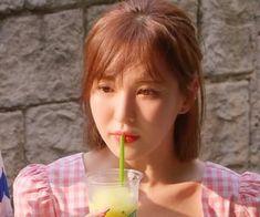 gif, red velvet dan wendy GIF di We Heart It Seulgi, Asian Music Awards, My Girl, Cool Girl, Wendy Red Velvet, Peek A Boos, Girl Crushes, Kpop Girls, Korean Girl