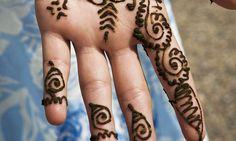 Henna Tattoo Qatar : National day henna tattoo qatar