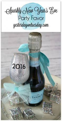 Sparkly New Year's Eve Party Favor, an easy and festive DIY idea New Year's Eve Crafts, New Year Diy, Tiffany Party, Nye Party, New Year Celebration, New Years Eve Party, Party Printables, Homemade Gifts, Holiday Fun