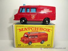 OLD FIRE TRUCK LAND ROVER NUMBER LESNEY MATCHBOX 57.