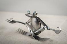 zen spoon frog 2019 zen spoon frog The post zen spoon frog 2019 appeared first on Metal Diy. Welding Art Projects, Metal Art Projects, Diy Welding, Metal Crafts, Blacksmith Projects, Metal Yard Art, Metal Tree Wall Art, Scrap Metal Art, Metal Artwork
