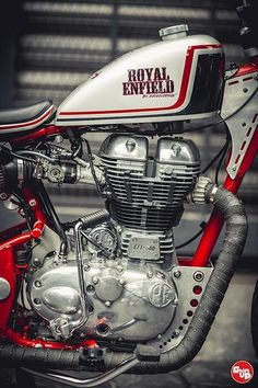 Royal Enfield Vintage Trecker Fatboy Design - an awesome modification of royal enfield bullet 500 by fatboy designs. Royal Enfield Modified | Modified bulls #harleydavidsonfatboy2017