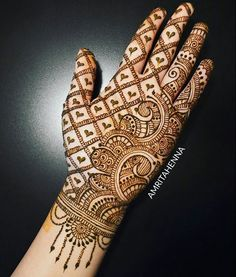 Simple and easy Arabic mehndi Designs for hands - Bridal henna designs - Hand Henna Designs