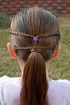 Princess Piggies: Pull-Throughs to Parallel Braids.. I think 3 braided loops...