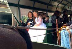 Vier je communifeestje als een echte prinses op de 'koets'.  www.suikerberg.nl   #communifeest #huifkartocht #kinderfeest #kinderactiviteit