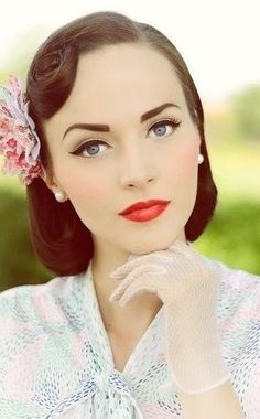 Lovely 50's makeup.... red lips winged eyeliner soft blush arched brows