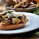 Bruschetta s houbami - Kitchen story Kitchen Stories, Cheesesteak, Bruschetta, Waffles, French Toast, Stuffed Mushrooms, Breakfast, Ethnic Recipes, Food