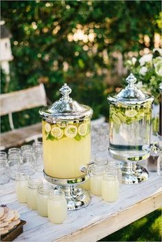 Make refreshing lemonade for the pool party
