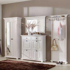 Dielenmöbel Set Tyramus aus Fichte Massivholz   Pharao24.de - Wunderschöne Garderoben Einrichtungsidee in Weiß im Landhausstil hier finden: http://www.pharao24.de/dielenmoebel-set-tyramus-aus-fichte-massivholz-4-teilig.html/#pint