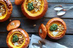 Roasted Garlic Sage Pesto Pumpkin Soup With Spicy Fried Pumpkin Seeds 112 Vegan Pumpkin Soup, Roast Pumpkin, Pumpkin Recipes, Fall Recipes, Soup Recipes, Healthy Recipes, Beef Noodle Stir Fry, Easy Eat, Roasted Garlic
