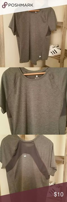 GONE TODAY!  Old Navy Active top Bundle 3 items marked 💛 3 for $15 and make offer for $15!  Charcoal gray semi-fitted work out top from Old Navy.  Dark gray mesh under armpits and back.  Like new condition. Old Navy Tops Tees - Short Sleeve