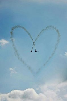 8 Pictures of Military Love That'll Melt Your Heart I Love Heart, With All My Heart, Happy Heart, Your Heart, Heart In Nature, Heart Art, Share Pictures, Love Symbols, Felt Hearts