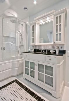 Google-Ergebnis für http://img.homeportfolio.com/cms/113108/traditional-victorian-colonial-light-bathroom-400.jpg