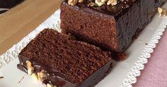 Je to asi nejlepší čokoládový dortík, který jsem kdy jedla. Je krásně měkký a nadýchaný, vláčný s plnou chutí čokolády. Upřímně mohu říct, že jsem vyzkoušela několik receptů na čokoládové dorty, ale tenhle je jednoznačně nejlepší.