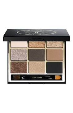 Love this eye shadow palette.