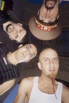 Rare System of a Down group photo late System Of A Down, Nu Metal, Heavy Metal, John Dolmayan, Armenian American, Alternative Music, Group Photos, Film Posters, Led Zeppelin
