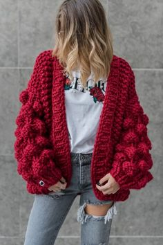 Oversized Chunky Thick Cable Knit Cardigan Sweater Obsessed with this womens chunky knit cardigan, nice red crochet sweaters open front baggy knitted sweater oversized cable loose sweater Womens Chunky Knit Cardigan, Cardigan Au Crochet, Cardigan En Maille, Oversized Knit Cardigan, Loose Sweater, Cable Cardigan, Pull Crochet, Chunky Crochet, Knit Crochet