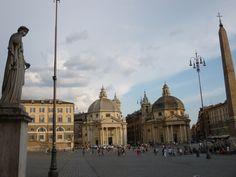 Piazza del Popolo y las iglesias gemelas (Santa Maria in Montesanto y Santa Maria dei Miracoli)