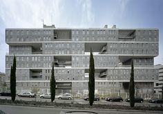 Celosia Edificio de Viviendas Sociales