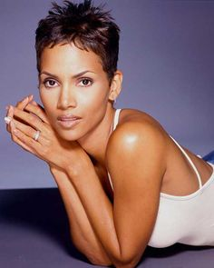 Halle Berry Pixie Cuts Pictures