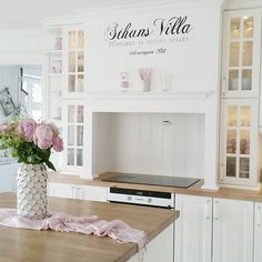 Shabby and Charming: Nordic Style with a slight hint of pink ... to the house Anja