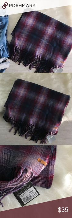 """eddie bauer favorite flannel oversized scarf Eddie Bauer   Purple plaid Atlantic favorite flannel woven scarf. Oversized, so it can also be worn as a wrap. Yarn dyed for clear, rich color. Extremely warm.   size: one size  approx measurements:        •80"""" L x 26"""" W condition: new with tags Eddie Bauer Accessories Scarves & Wraps"""