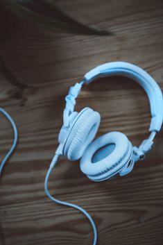 Podcast Update: The Series You Should Be Listening To | Free People Blog #freepeople