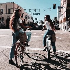 Tag your BFF. Tag your BFF. Photos Bff, Bff Pics, Cute Friend Pictures, Friend Photos, Best Friend Fotos, Best Friends, Best Friend Pics, Girls Best Friend, Shotting Photo