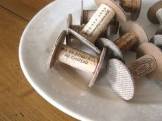 DIY and Re-purpose. Wine cork spools-use for ribbons, trims, scraps of long fabric. Sewing Hacks, Sewing Crafts, Diy Crafts, Wine Bottle Corks, Cork Art, Wine Cork Crafts, Wooden Spools, Sewing Rooms, Creations