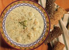 Cauliflower 'n' Cheddar Soup Recipe