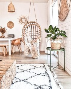 The Coolest Living Rooms With Boho Swing Chairs - DIY Darlin' Stylish Home Decor, Cheap Home Decor, Classic Home Decor, Diy Home Decor, Boho Living Room, Living Room Decor, Cozy Living Rooms, Living Spaces, Room Ideas Bedroom