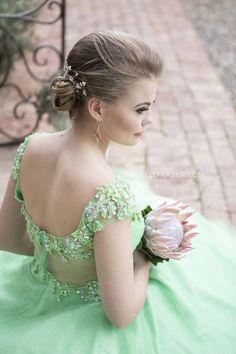Best Wedding and Portrait Photographers Darrell Fraser South Africa Prom Photography, Portrait Photographers, Fashion Dresses, Flower Girl Dresses, Menlo Park, African, Romantic, Dress Styles, Wedding Dresses