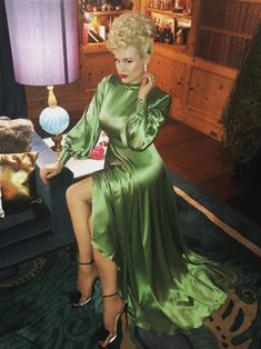Glamour & Gloss Fashion — Gia Genevieve, oh my god! Jeanette's Girlyworld 🎶 . Gia Genevieve, Silk Satin Dress, Satin Dresses, Beautiful Evening Gowns, Beautiful Dresses, Glamour, Black Leather Pencil Skirt, Satin Bluse, Green Satin
