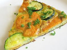 "Sweet Potato, Zucchini, and Leek Frittata - sweet potato zucchini and leek frittata ""Easy oven-baked frittata loaded with creamy soft sautéed sweet potato, leeks and crunchy zucchini,"" thanks to our Vegetarian Recipes, Cooking Recipes, Healthy Recipes, Simple Recipes, Healthy Meals, Sweet Potato Frittata, Baked Frittata, Wild Rose Detox, Breakfast Recipes"