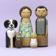 Personalized Gift - Fathers Day Gift - Family Portrait - Unique Gift - For Him - Gift for Dad - Custom Family Gift - Gift for Husband Wood Peg Dolls, Clothespin Dolls, Personalized Family Gifts, Mini Doll House, Clothes Pegs, Wooden Pegs, Sentimental Gifts, Diy Arts And Crafts, Constellations