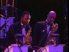 ▶ Duke Ellington Orchestra - Take the A Train - YouTube
